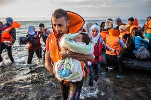 Refugees landing on shore
